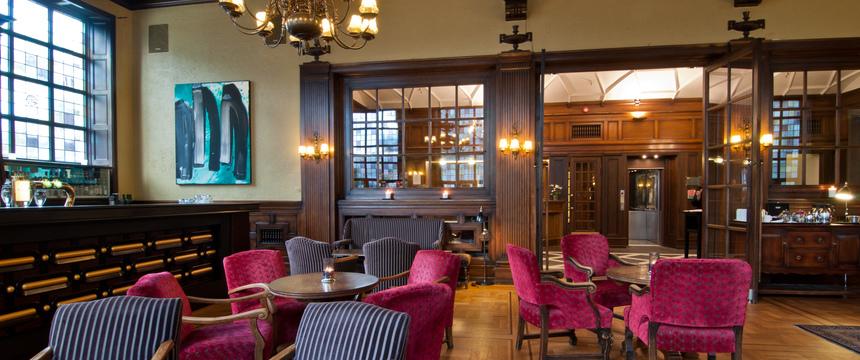 Grand Hotel Terminus, Bergen, Norway - bar, lounge.jpg
